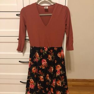 XXS Agnes & Dora rust Curie midi dress